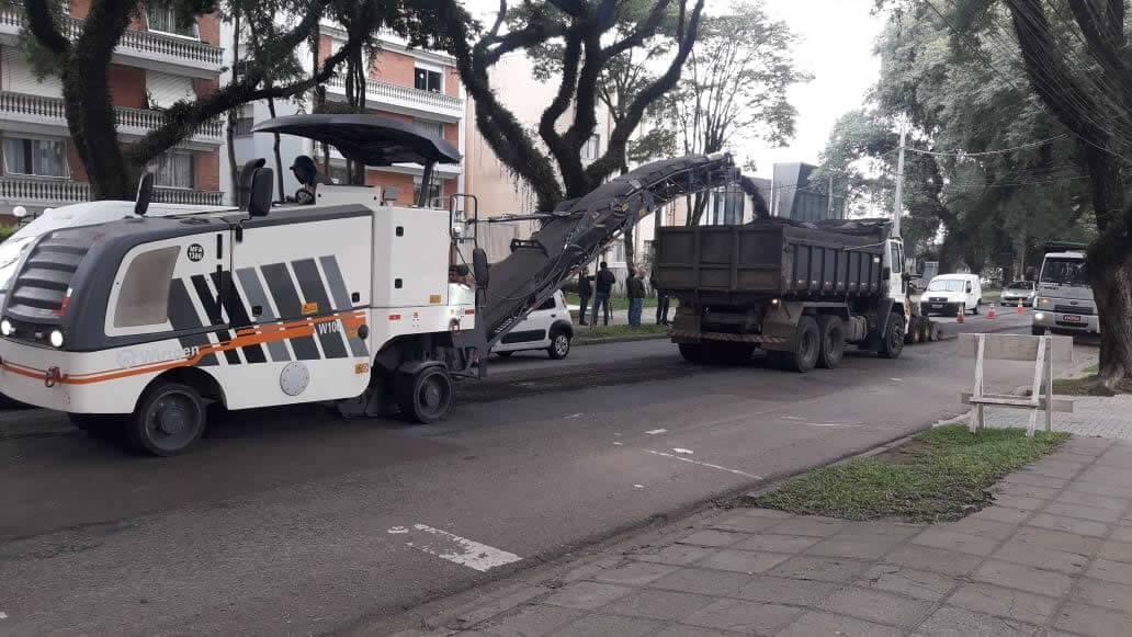 Fresagem e Aplicação de CBUQ – Curitiba / Paraná